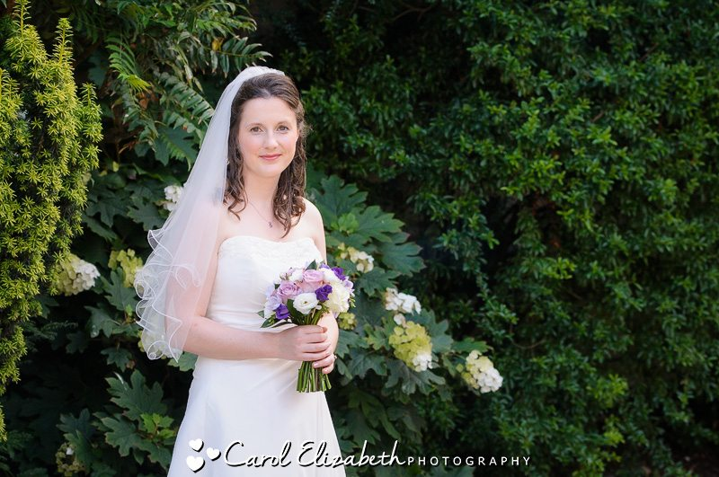 bridal portrait before the ceremony - wedding photographer oxfordshire