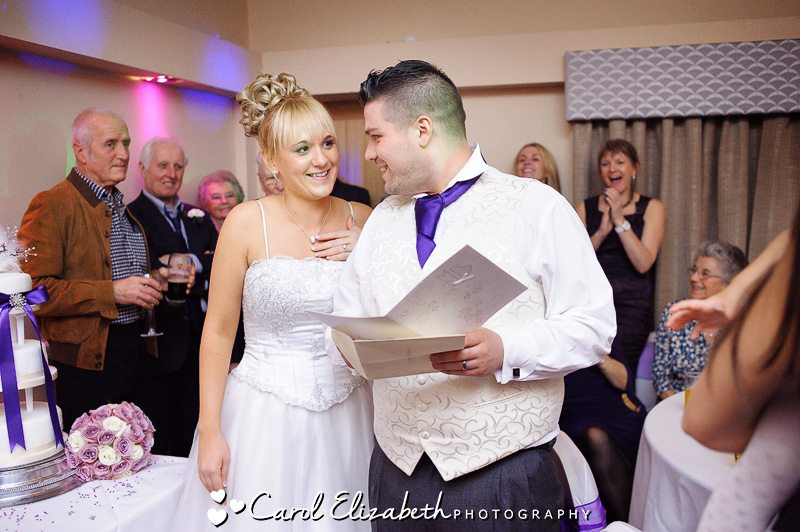 Natural wedding photography at Hawkwell House Hotel in Oxford