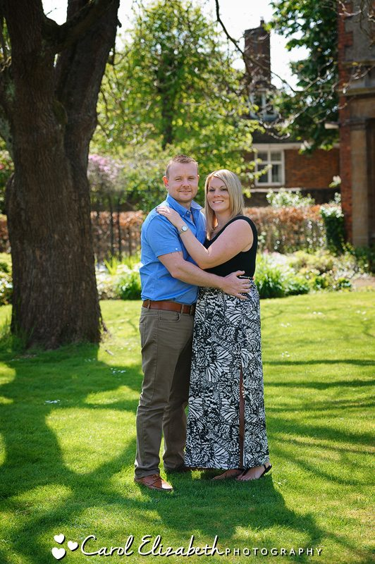 Informal wedding photographer in Oxfordshire. Natural poses and relaxed approach to your day.