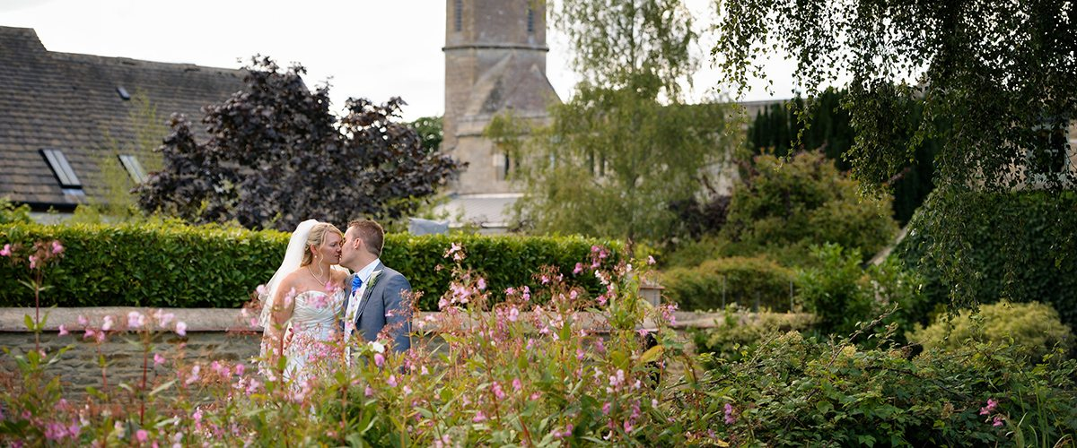 A beautiful summer wedding in Oxfordshire with plenty of bunting, fresh flowers and fun