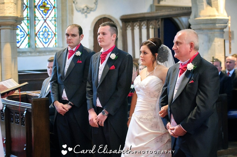 Bride and groom at Sutton Courtenay church wedding