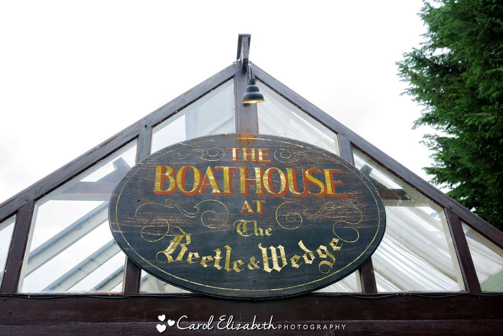 beetle and wedge boathouse weddings wedding photographer