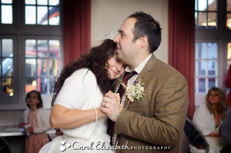 vintage wedding photography in oxfordshire by carol elizabeth photography