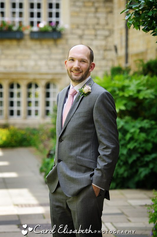 Wedding photographer Oxfordshire - Groom before the wedding