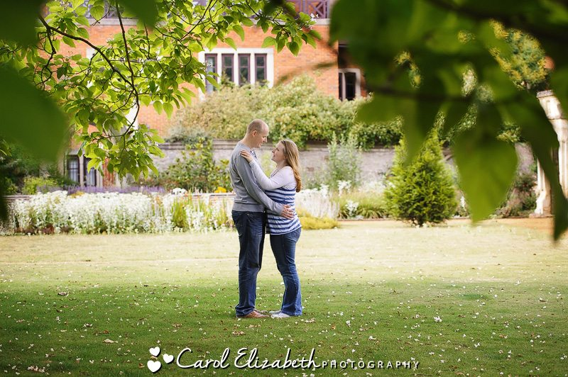 Relaxed wedding photographer in Oxfordshire