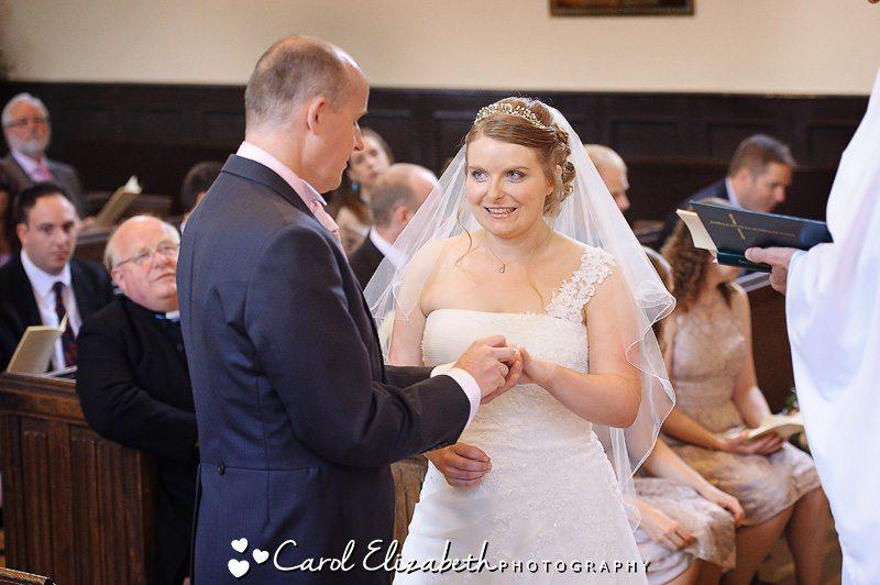 Church edding ceremony in Oxfordshire by Carol Elizabeth Photography