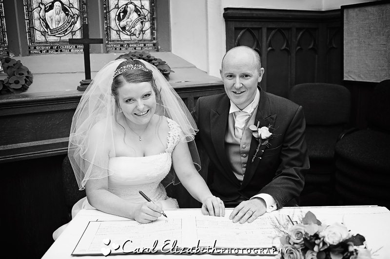 Traditional wedding photographer in Oxfordshire