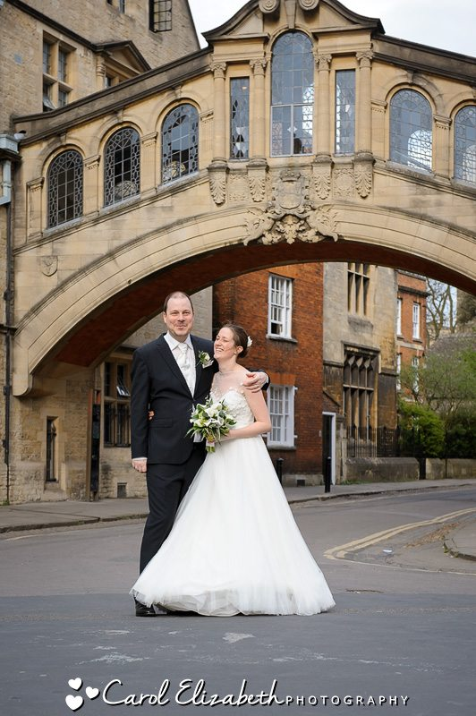 Wedding photo at the bridge of sighs - Oxford wedding photography