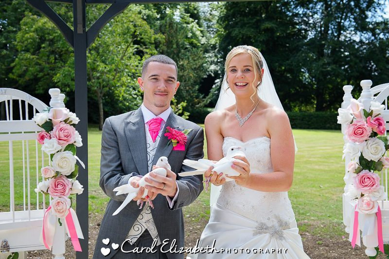 Wedding Doves in Oxfordshire