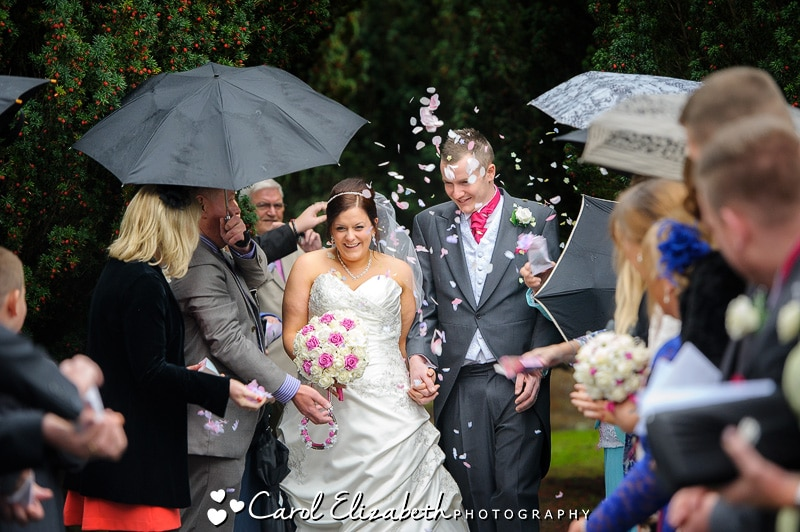 Wedding confetti at Abingdon church wedding