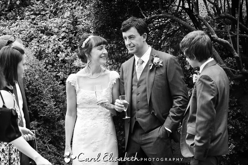 Reportage wedding photographer in Gloucestershire