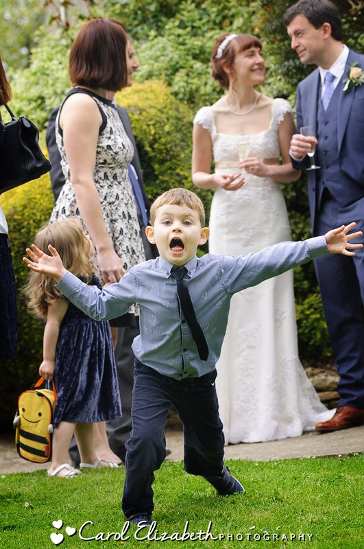 Fun wedding photos of children