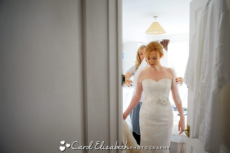 Oxfordshire Wedding photographer during bridal preparations