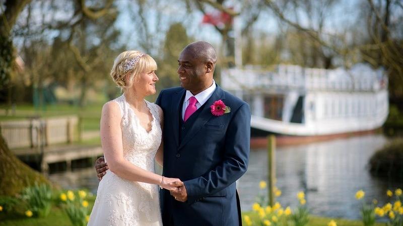 Oxford wedding photographer at four pillars