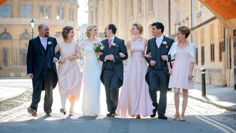 Fun wedding photographer in Oxfordshire