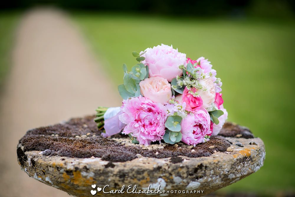 Pink bouquet - Classic Flowers Witney