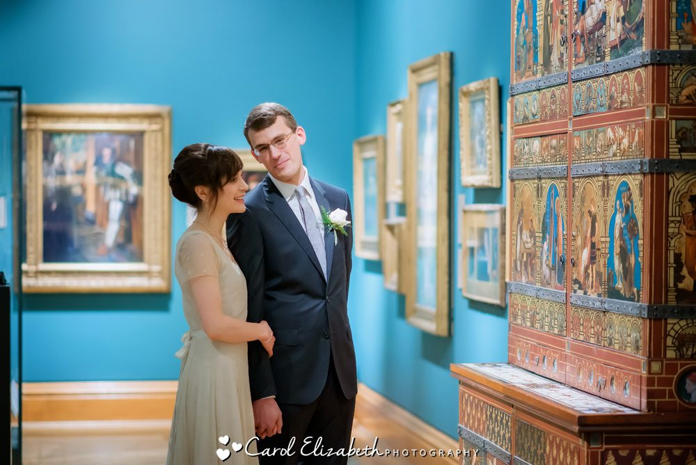 Reportage wedding photographer at The Ashmolean