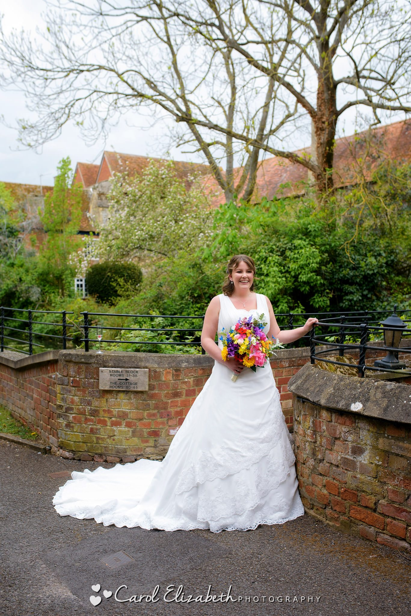 Bride at Coseners House wedding in Abingdon