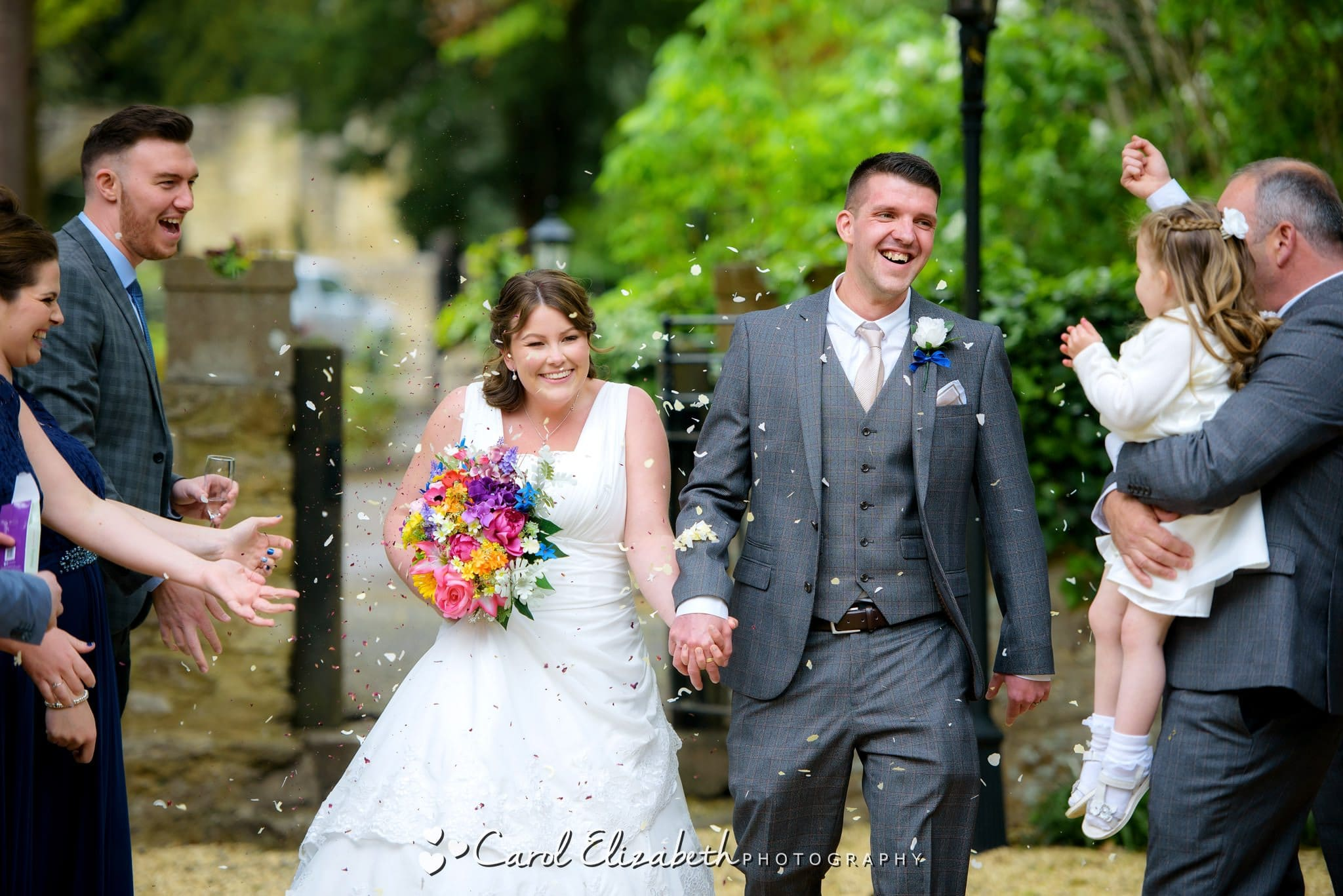 Reportage wedding photographer in Oxford and Abingdon