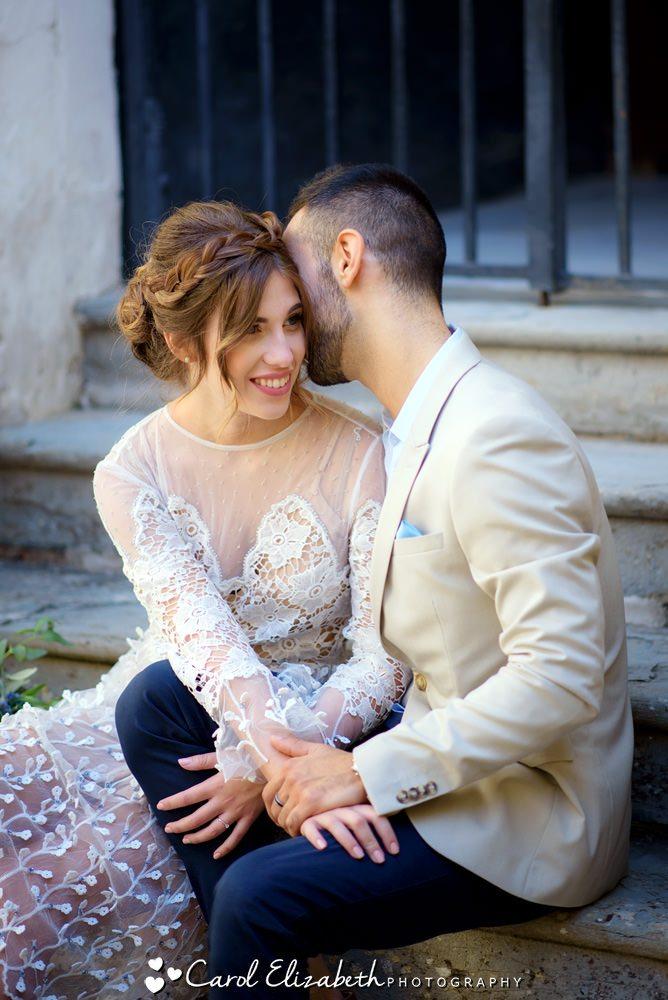 Female destination wedding photographer