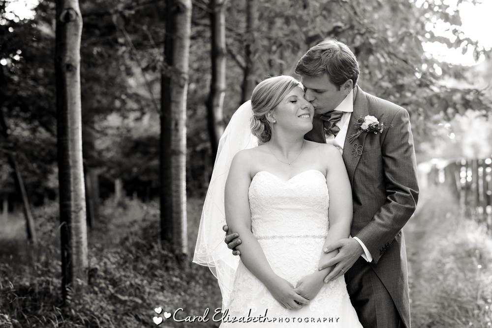Black and wqhite wedding photos