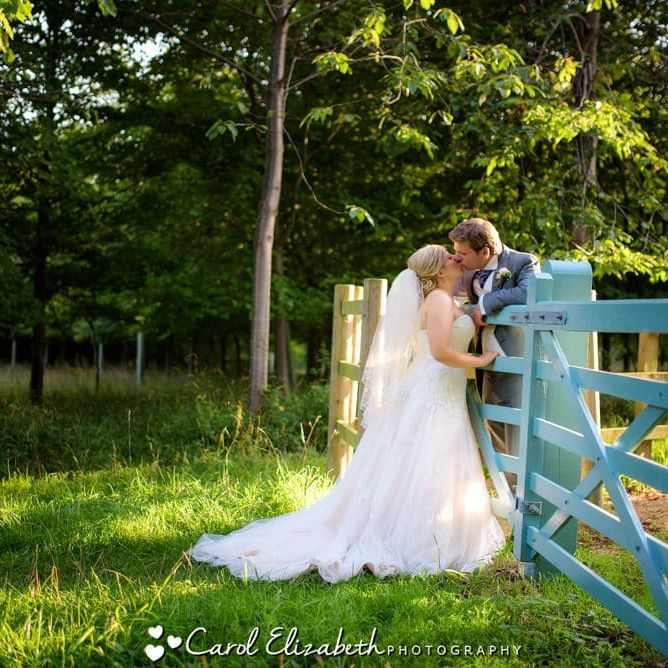 Old Luxters wedding photographer