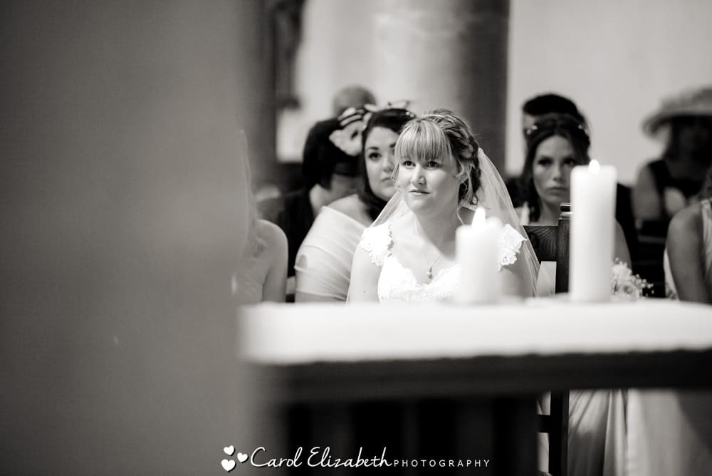 Unposed wedding photography in Oxfordshire