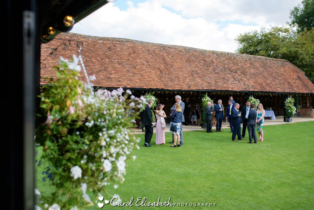 Relaxed photos at Lains Barn wedding