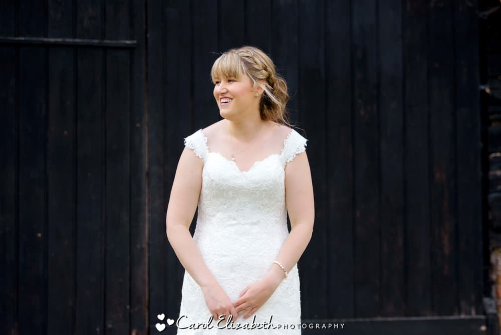 Fun wedding photo of the bride at Lains Barn
