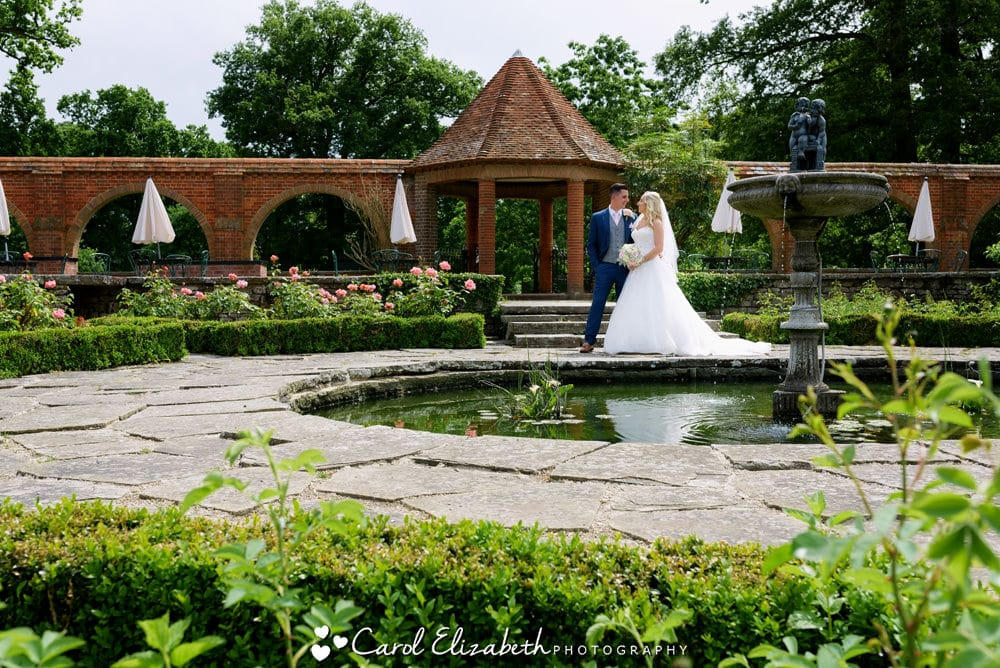 Wedding photography in the Italian Gardens at Milton Hill