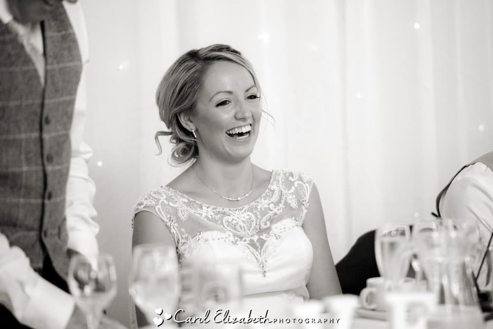 Oxfordshire reportage wedding photography