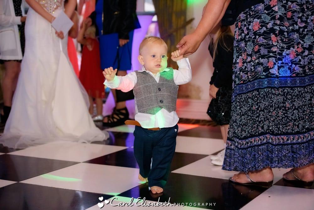 Pageboy on the dancefloor