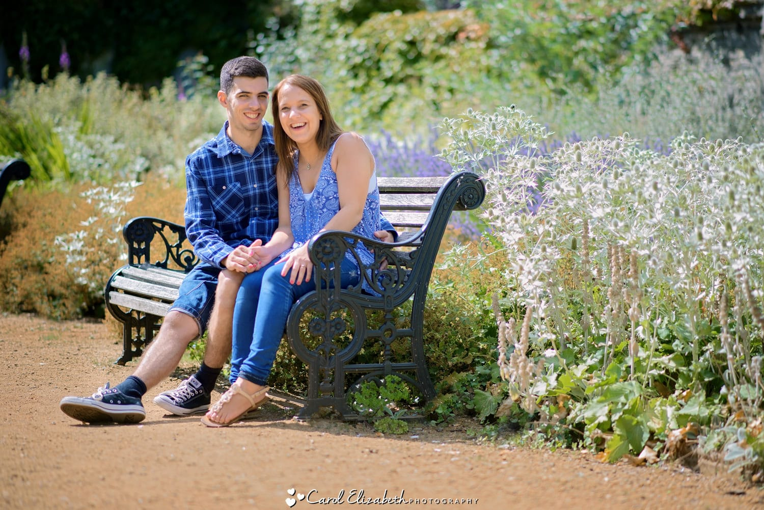 Relaxed outdoor portraits Abingdon