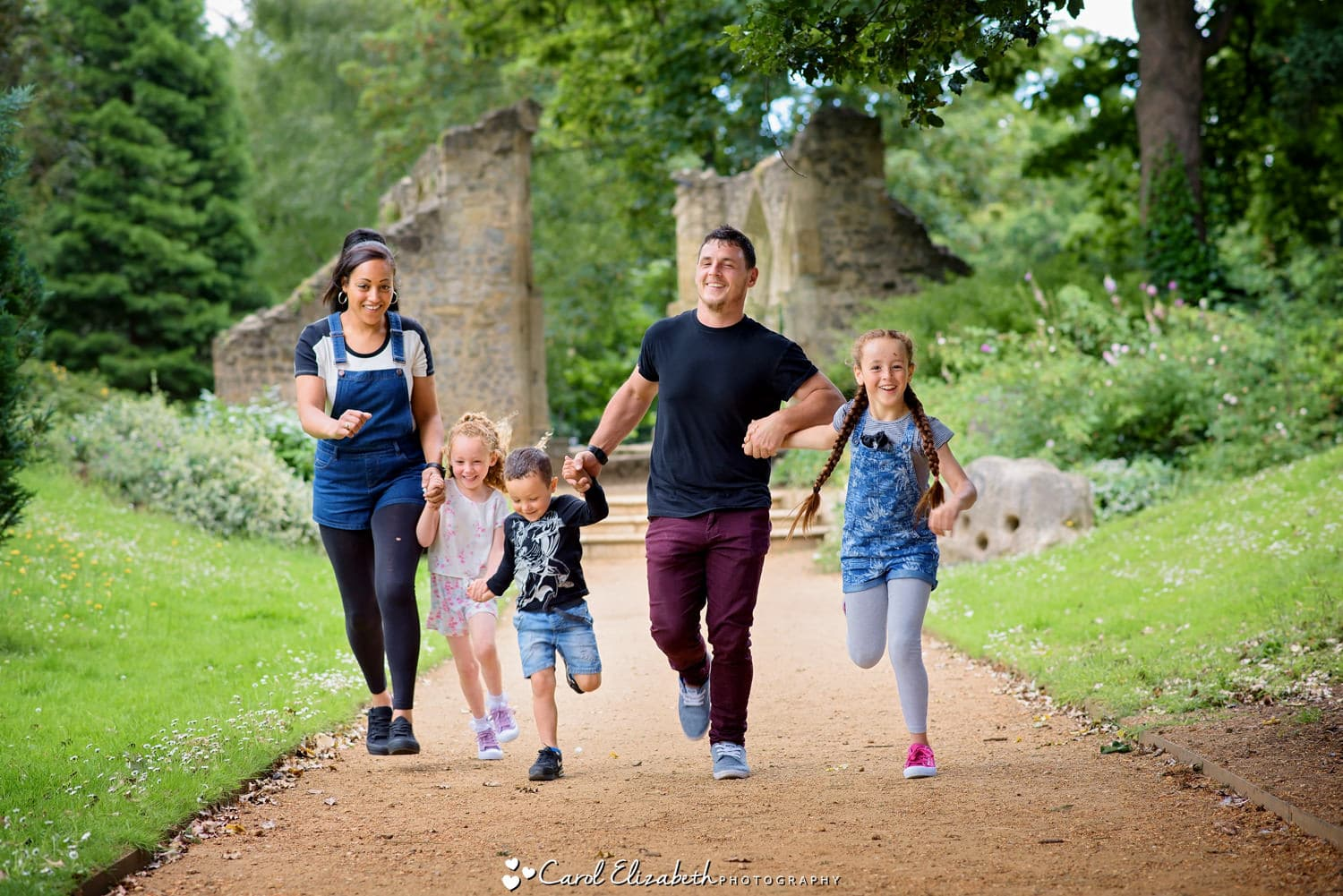 Fun family photoshoot Abingdon