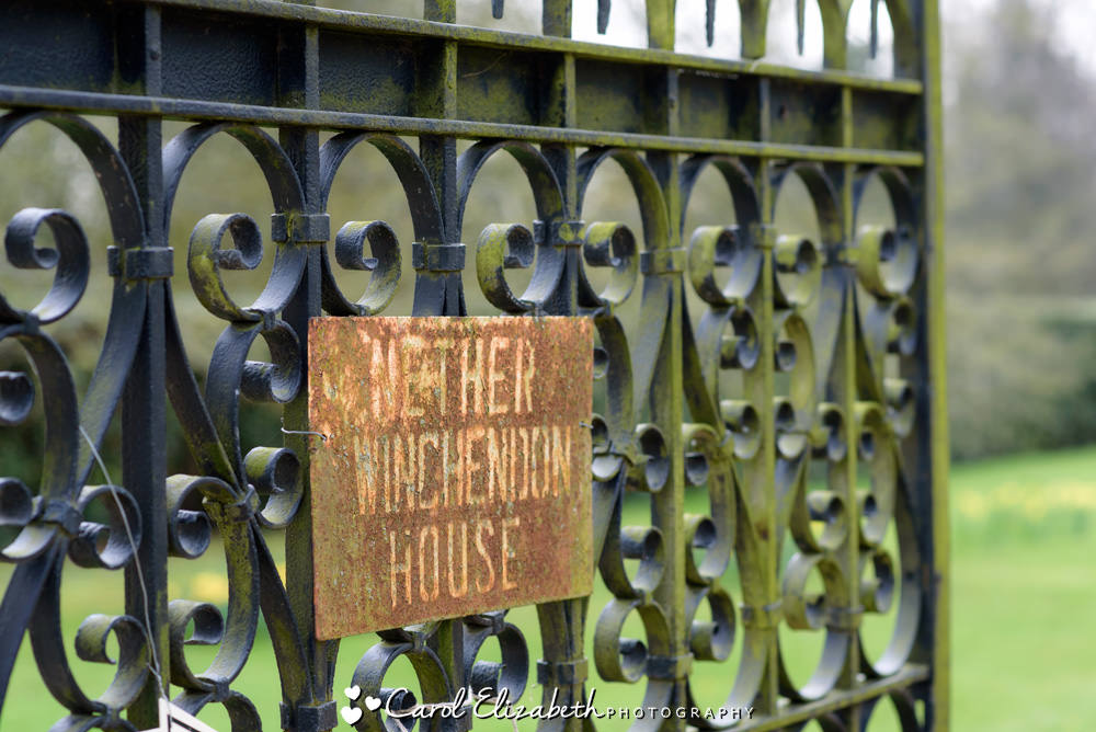 Nether Winchendon House entrance sign