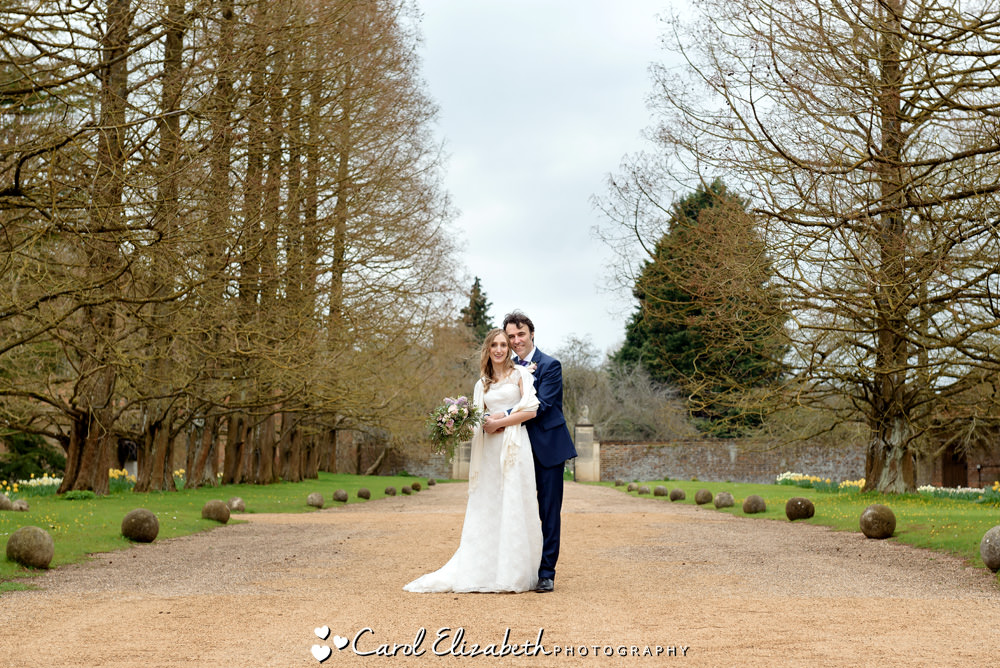 Nether Winchendon House wedding photographer with a relaxed style