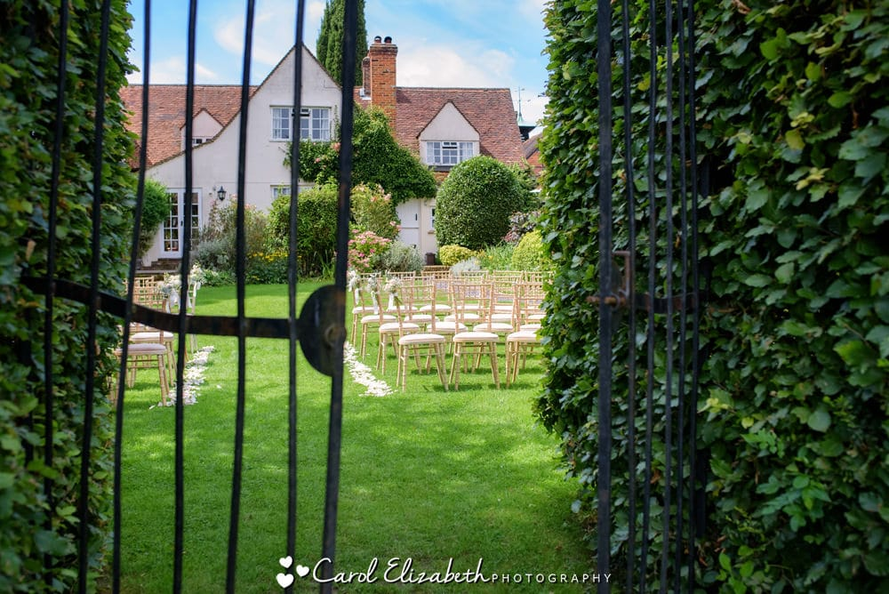 Outdoor weddings at Old Luxters Barn near Henley