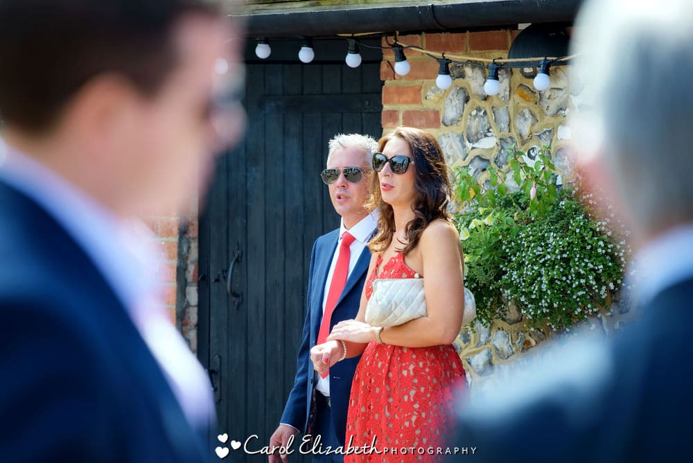 Relaxed wedding photography in Reading