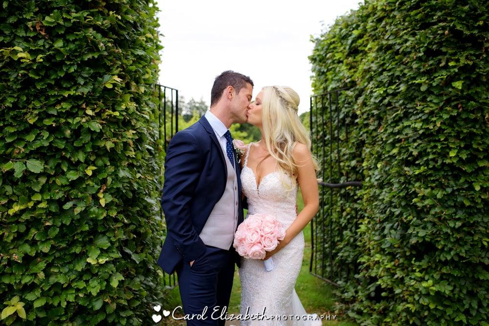 Wedding photographer at Old Luxters Barn - Carol Elizabeth Photography