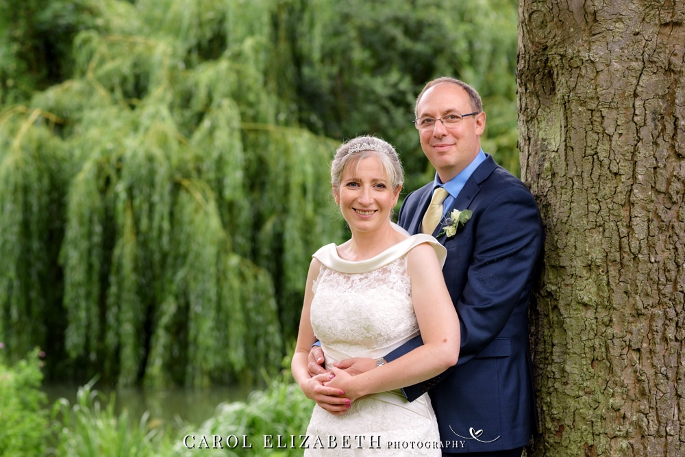 Abingdon wedding photographer with a natural style