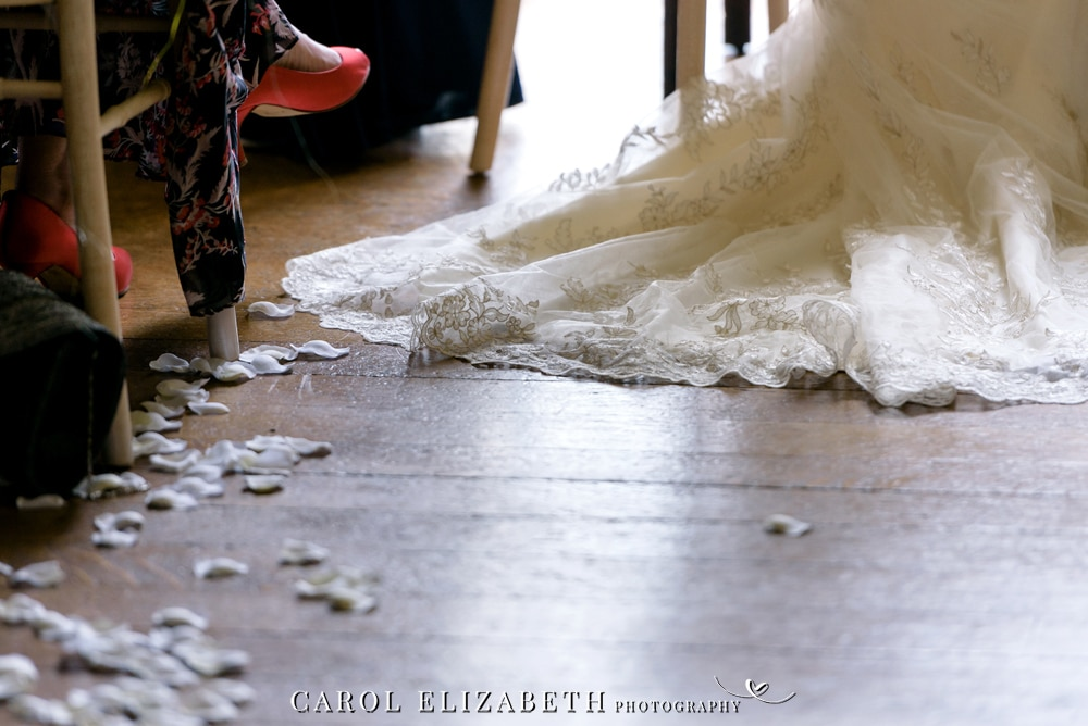 Kirtlington Park wedding confetti