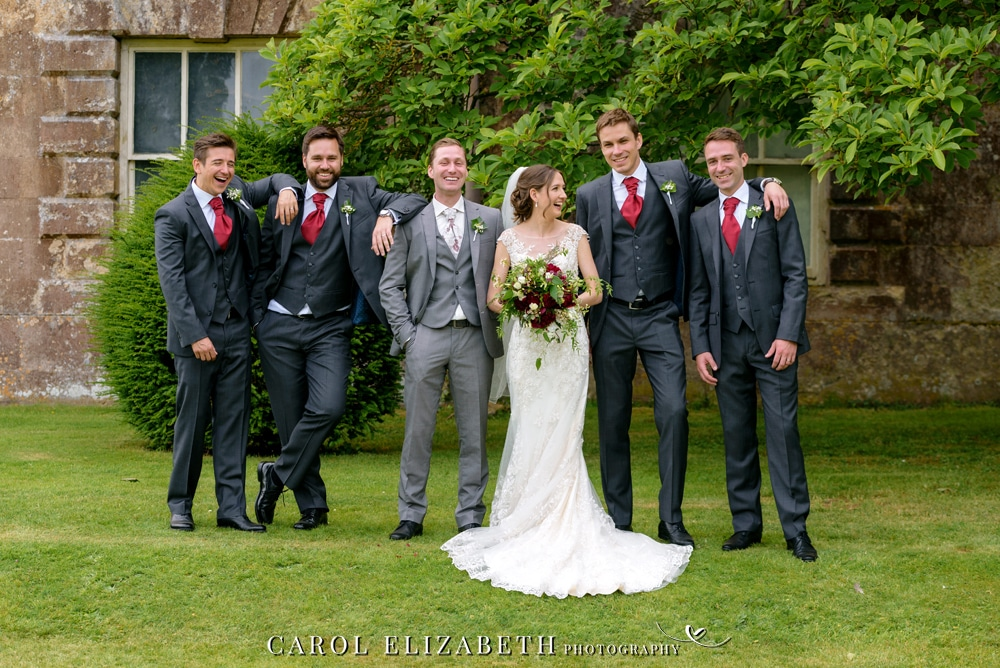 Relaxed wedding photography at Kirtlington Park