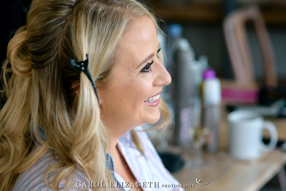 Wedding photography in Oxfordshire bridal preparations