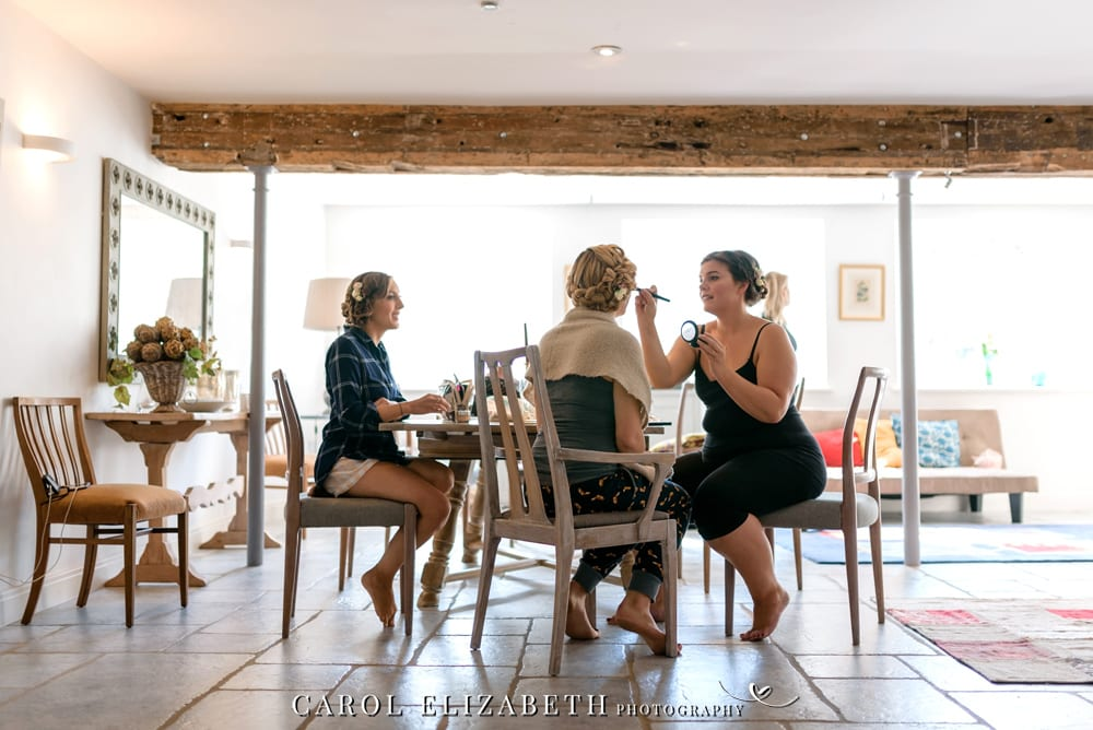 Reportage wedding photographer Oxfordshire with a relaxed style