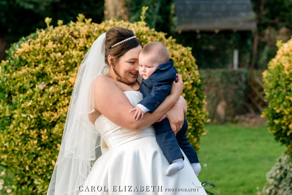 Professional wedding photography in Didcot and Abingdon and Wantage