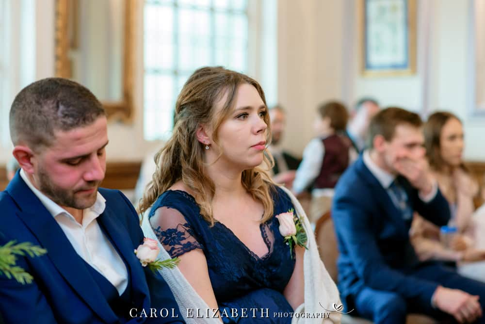 Wedding photographer Oxfordshire with a relaxed and natural style