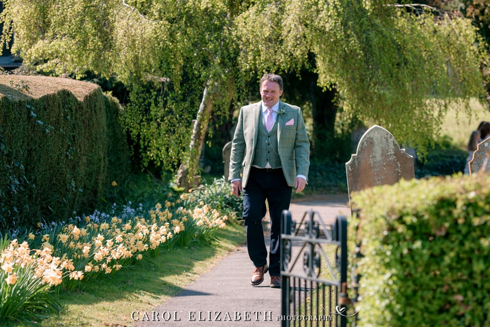 Weddings at Christ Church Hatherden. Elegant wedding photography by Carol Elizabeth Photography