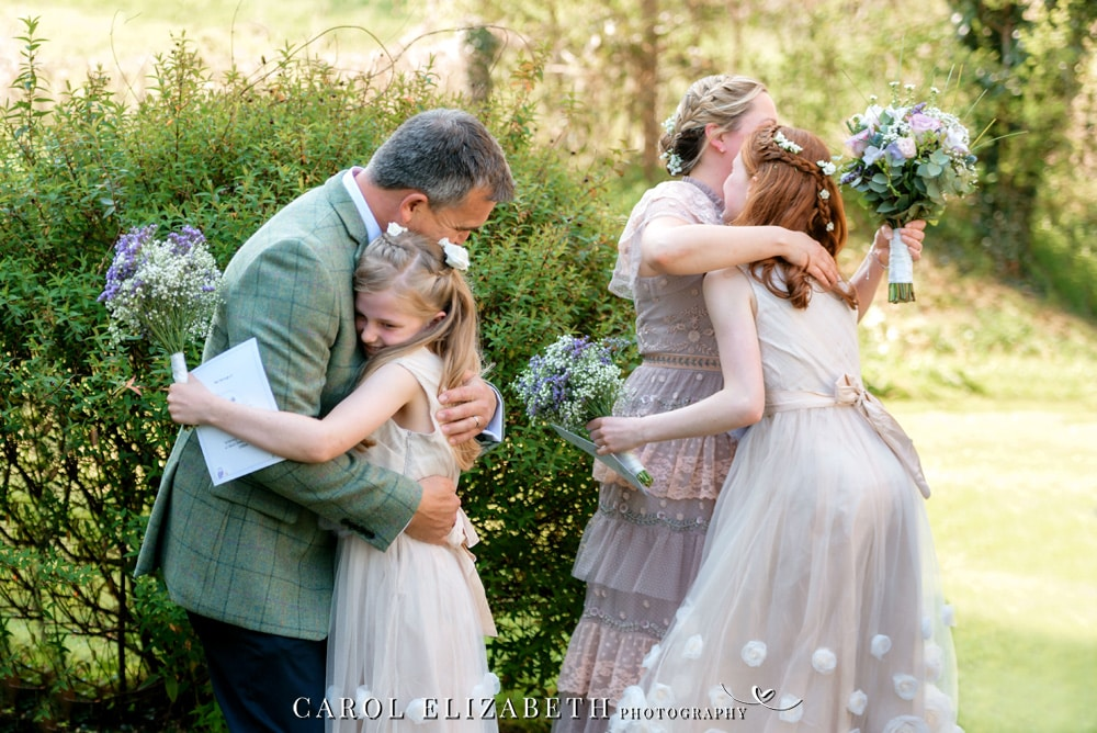 Relaxed and natural wedding photography by Carol Elizabeth Photography