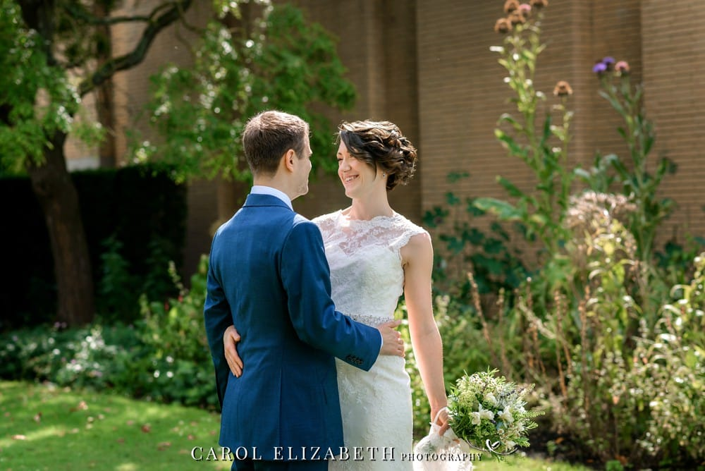 Oxford University wedding photography - St Catherine's College wedding photographer in Oxfordshire