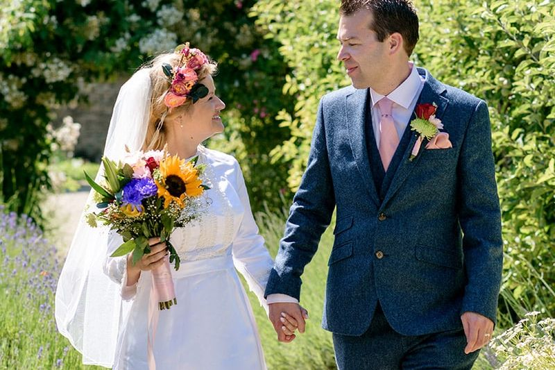 Cogges Manor Farm wedding photographer